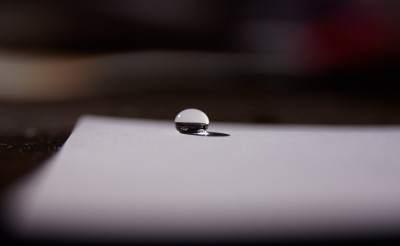 superhydrophobic